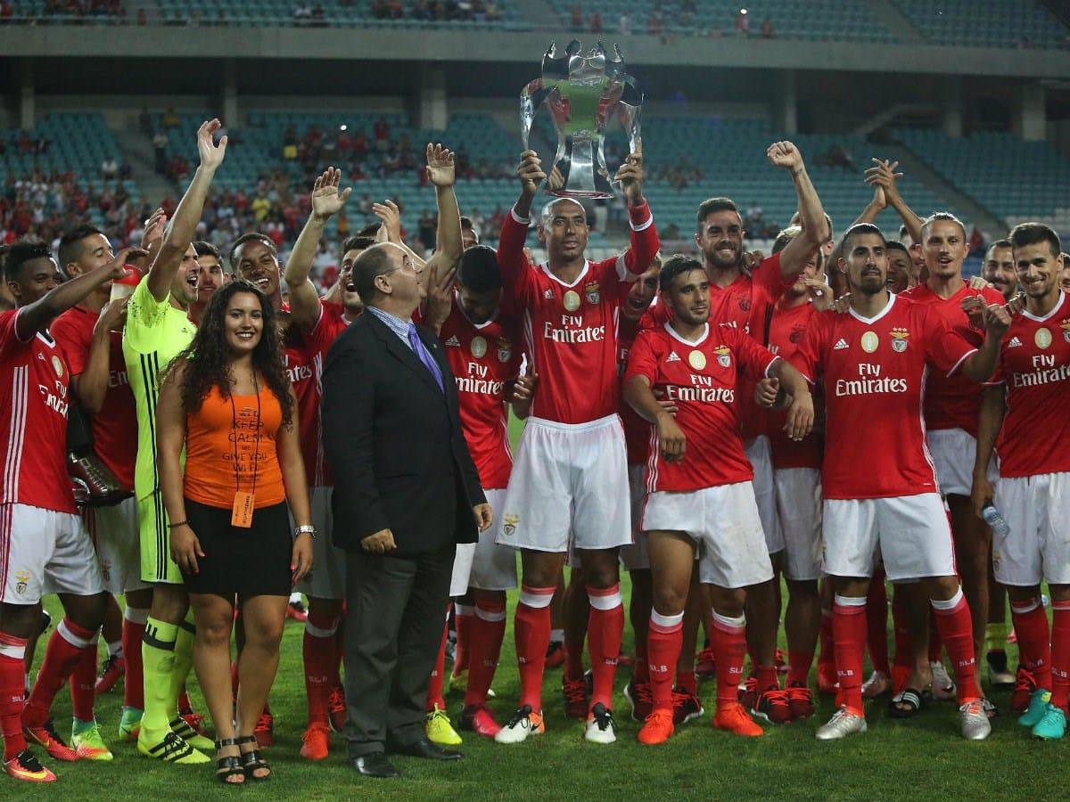 Resumo de SL Benfica 4-0 Derby County