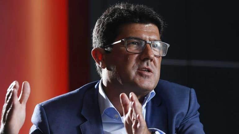 """Luís Bernardo:"""" A crise desportiva e financeira que os nossos rivais atravessam levou-os a adotar esta estratégia de tudo ou nada"""""""