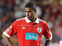 Resumo: Nacional 1-3 SL Benfica