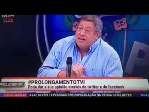 Video: Manuel Serrão imita Salvador mas com azia do Tetracampeonato do Benfica