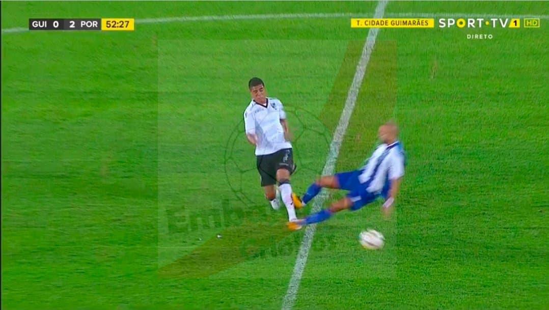 a74938f54e Começou a época de caça ao árbitro no FC Porto. Primeira entrada assassina