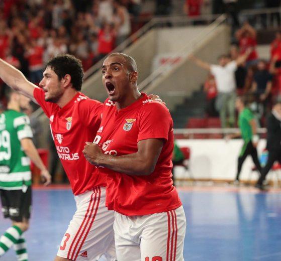 a58f1ae7cf Com as vitórias do Benfica acabou-se as capas de jornal com os resultados  nas modalidades